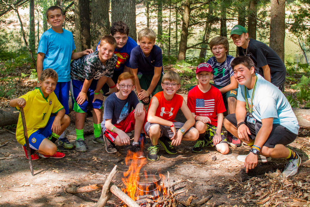 cabin friendships at summer camp